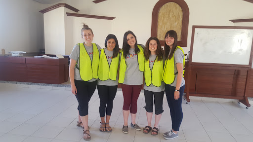 BYU-Students-in-Philippines-2016-9