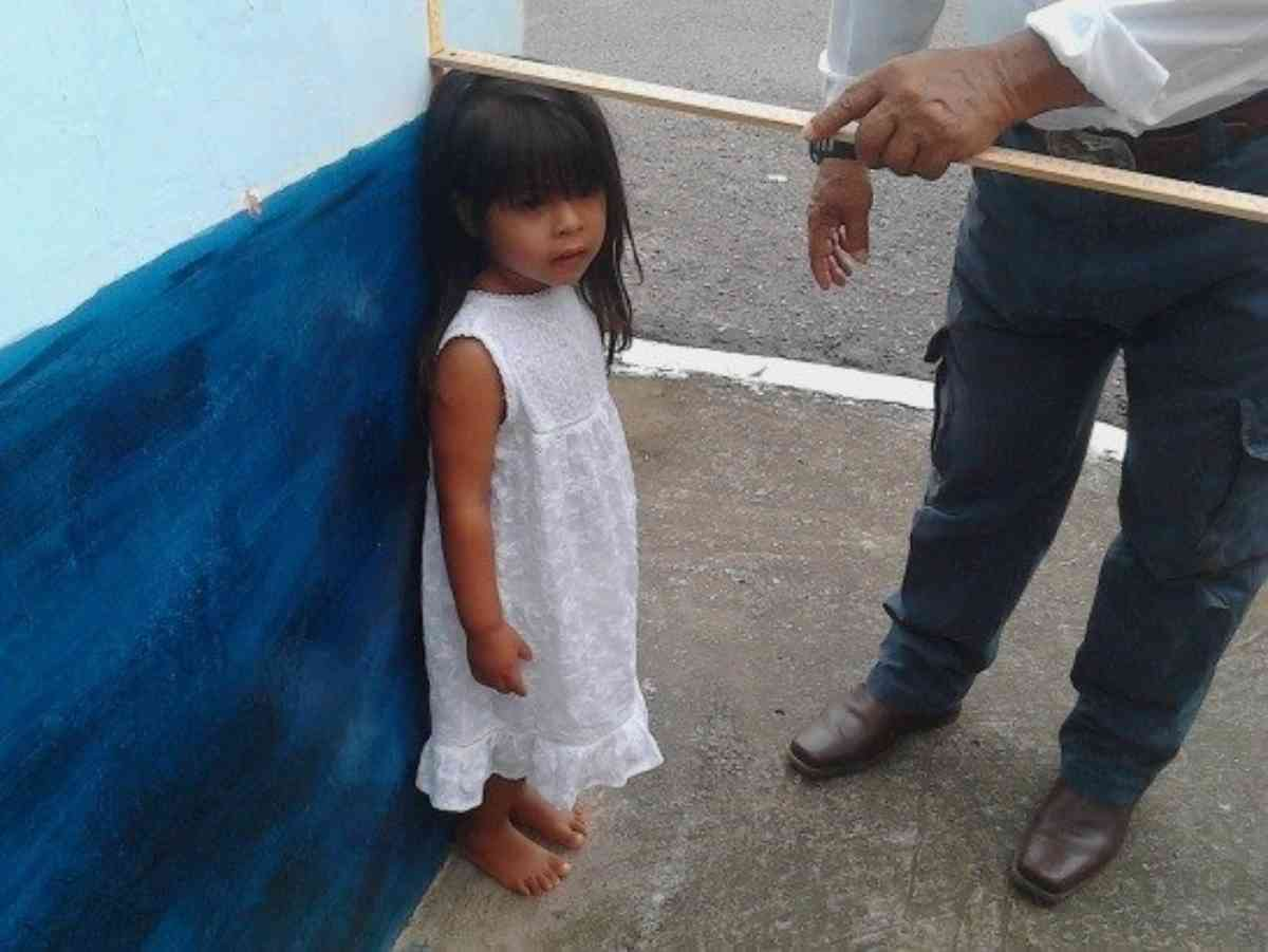 Machala 12 2015 Measuring Little Girl